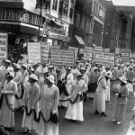 New York suffragettes march in 1915