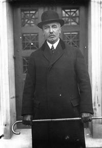 Dr Heinrich Albert